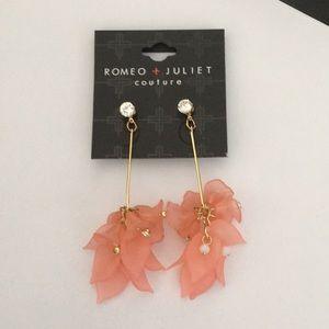 Romeo & Juliet Bezel Crystal bar & Peach Flower